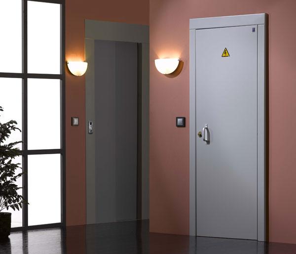 Puertas de paso al recinto de contadores electricos for Modelo de puertas para habitaciones modernas